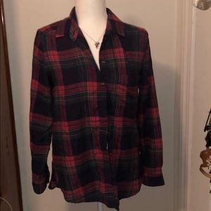 AE plaid top size small